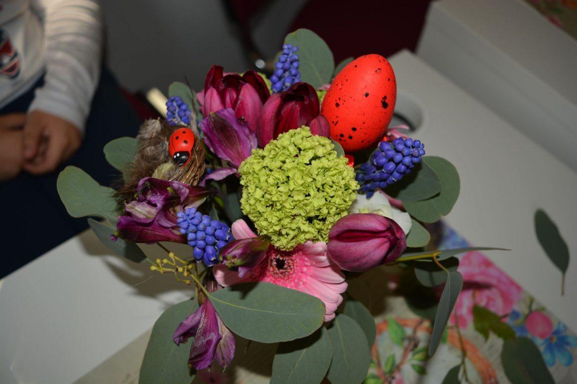 Flori de Paste