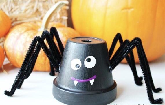 Ne pregatim de Halloween – atelier de creatie si recreatie pentru copii