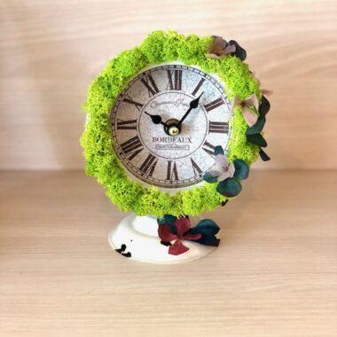 ceas vintage cu licheni decorativi1