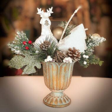 Aranjamente de Craciun - Ren ceramic in vas metalic | Kalia Flowers - Atelier floral Pitesti